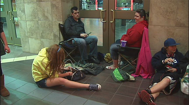 'Twilight' fans line up for opening night