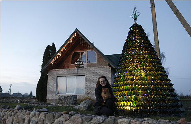 Christmas tree of bottles sparkles in Lithuania