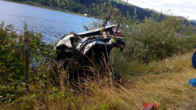 Coos Bay man found dead in SUV in Umpqua River