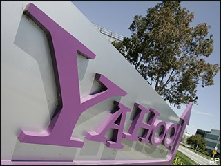 Yahoo names tech veteran Carol Bartz as new CEO