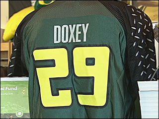 Doxey jersey honors Duck football player who drowned last July