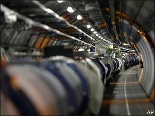 What happens if atom smasher recreates Big Bang?