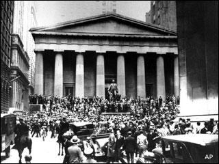 Wall Street marks anniversary of market crash