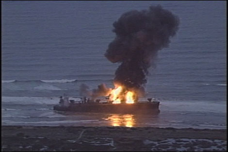 FILE VIDEO: Navy tries to blow ship up