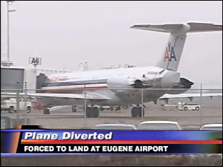 Jet makes emergency landing in Eugene