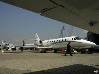 Stimulus tax break promotes private jet sales