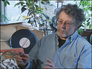 Music lover keeps record convention spinning