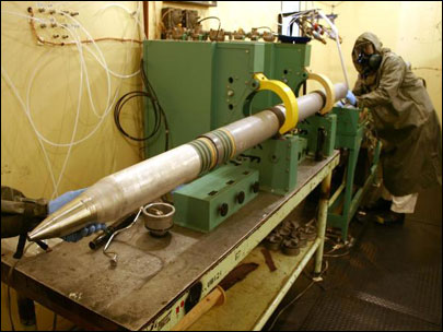 Chemical weapons: Incineration gets rid of danger - and jobs