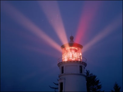 Umpqua River Lighthouse to keep 'turning and burning'