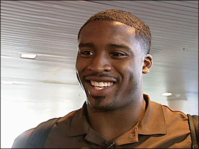 Wesley Matthews arrives in Portland