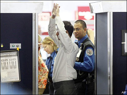 TSA to remove controversial naked X-ray scanners