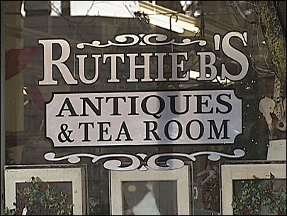 Springfield says 'so long' to Ruthie B's