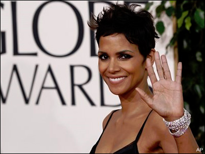 Halle Berry taken to hospital after film accident
