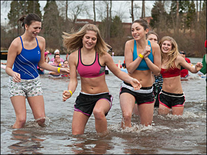 Polar Plunge 'very cold, but very fun'