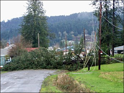 Thousands remain without power across W. Oregon