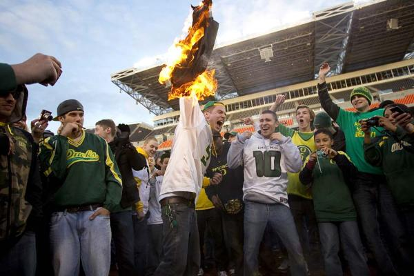 Duck fan burns Reser Field