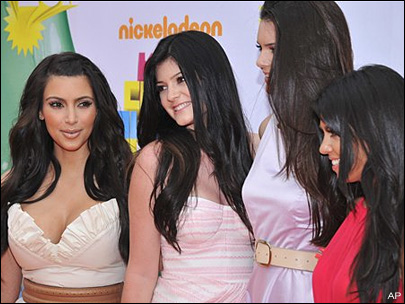 Judge tosses lawsuit against Kardashians