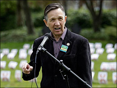 Fox hires Dennis Kucinich as analyst