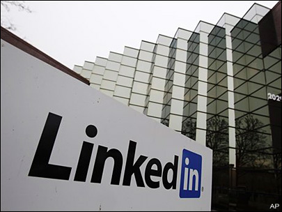 LinkedIn links up with panel of 'influencers'