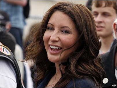 Bristol Palin: Children do better with mom, dad