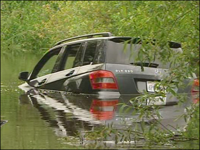 GPS leads lost driver down boat ramp