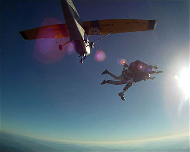 Jobs: Dropping in on a professional skydiver