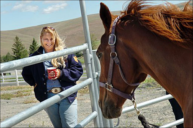 Horse therapy helps Oregon mentally ill patients