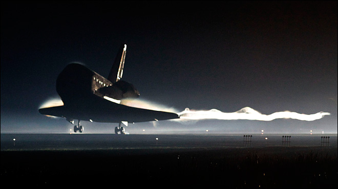 Space shuttle comes to 'final stop' after 30 years