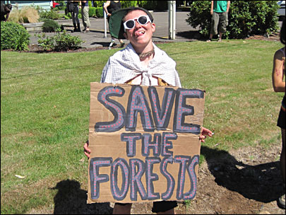 Three 'forest defenders' arrested during Molalla protest