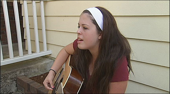 Girl thinks she spotted stolen guitar on Craigslist
