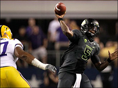 No. 4 LSU overcomes in 40-27 win over No. 3 Oregon
