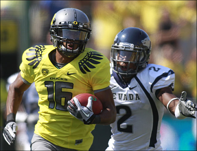 Oregon rebounds against Nevada, 69-20