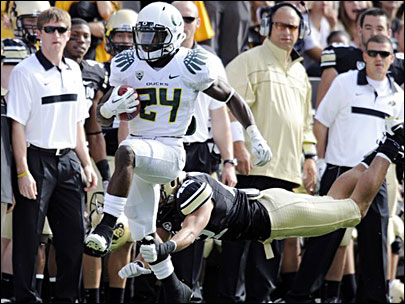 Ducks dominate without Thomas, James; beat Colorado 45-2