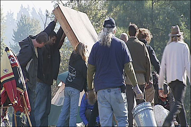 Occupy Eugene protest sets up camp on Oregon campus