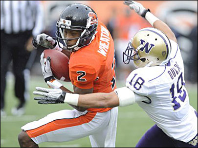 Mannion leads Beavers to win against Huskies 38-21