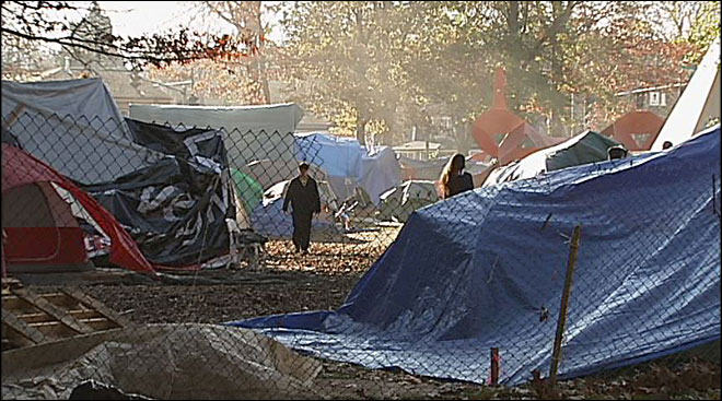 Mayor calls for 'unified, peaceful closure' of Occupy Eugene camp