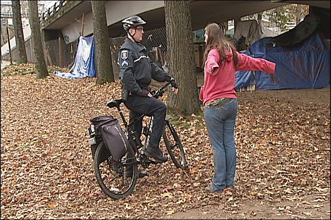 Occupy Eugene campers moving out of park