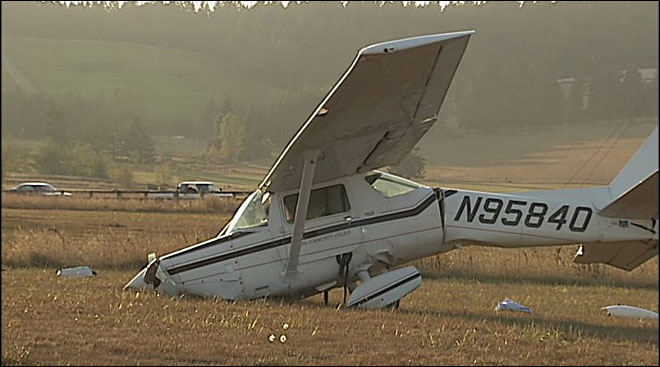 Plane crashes in field outside Eugene