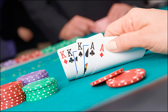 NY judge: Poker&#39;s not gambling under federal law