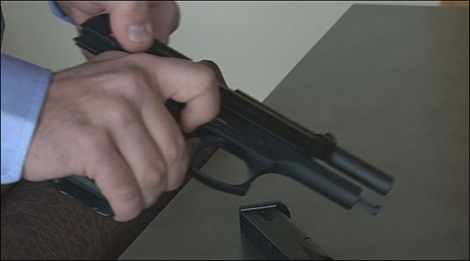 Citizens seek record number of concealed weapons permits