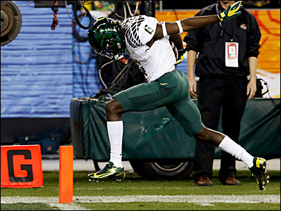Game over! Oregon wins Fiesta Bowl 35-17