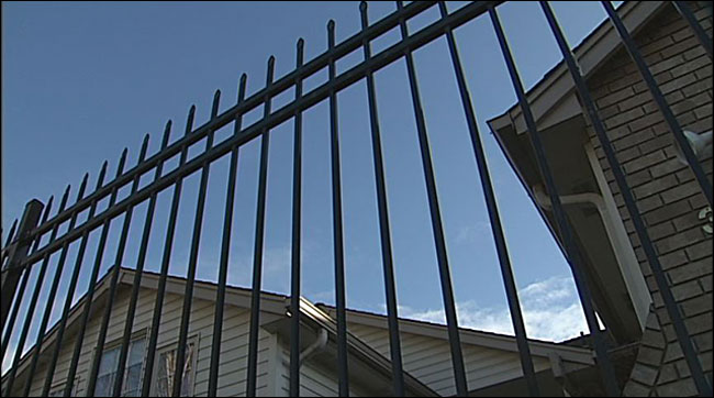 City replaces chainlink fence with wrought iron at Councilor's home
