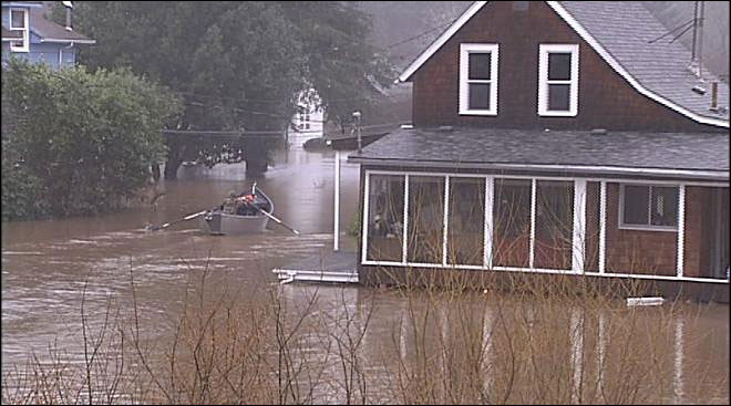 Floods damaged over 100 homes in Lane County