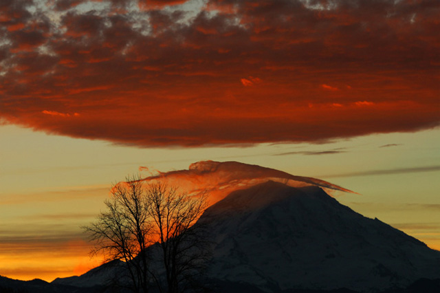 Lenticular Sunrise on Mt. Rainier