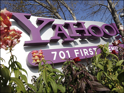 Yahoo CEO starts reign with encouraging 3Q report