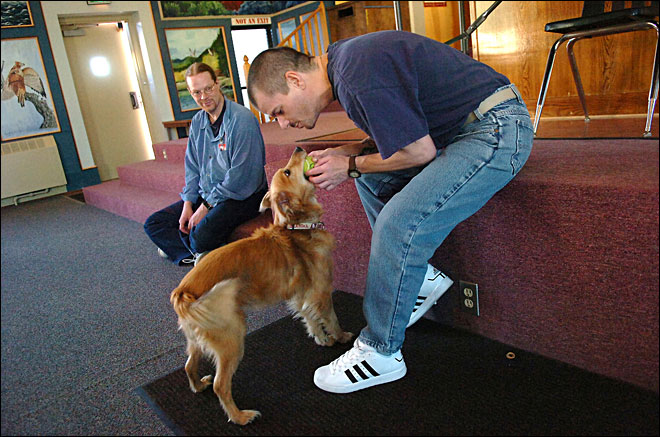 Dog provides unconditional love for Oregon inmates