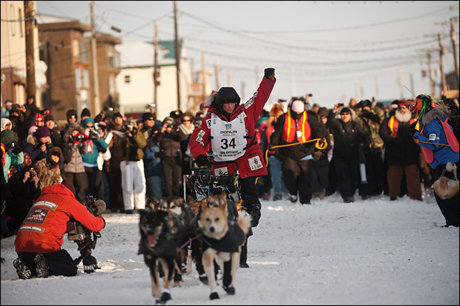 25-year-old Dallas Seavey wins Iditarod 