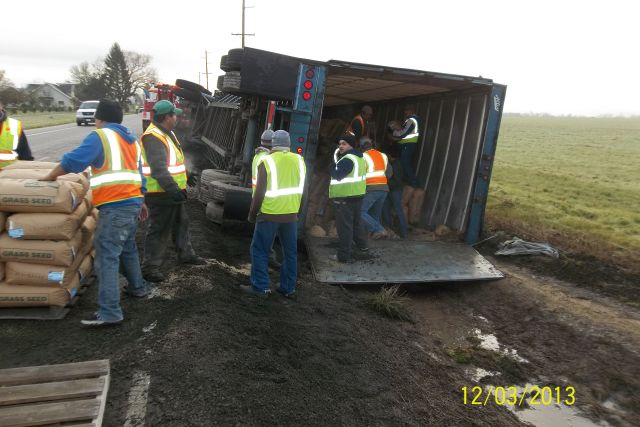 Semi overturns on icy Oregon highway
