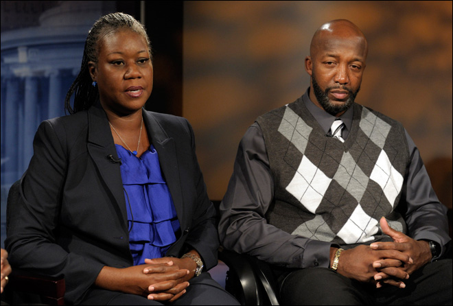Trayvon Martin's mother seeks damages in son's death