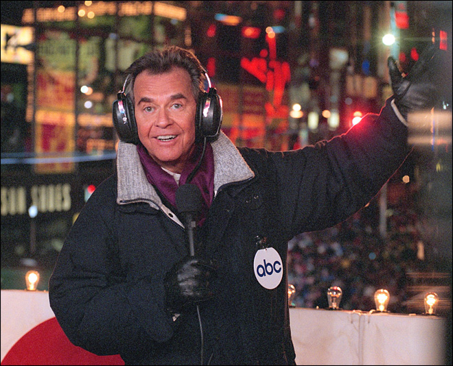 'World's oldest teenager' Dick Clark dead at 82